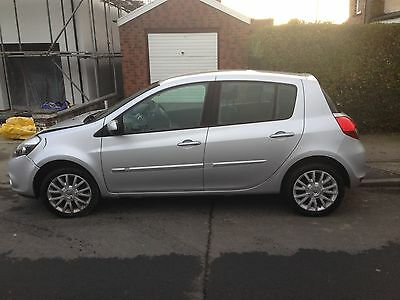 2011 RENAULT CLIO DYNAMIQUE TOMTOM 16V damaged salvage spares or repairs cat d