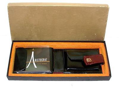 Vintage New in Box Ladies Aristocrat Fifth Avenue Leather Wallet Fashionable