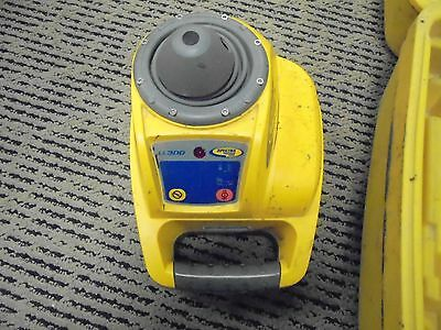Spectra Ll300 Self Leveling Precision Laser Level Used