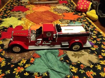Metal Texaco Fire Engine Bank