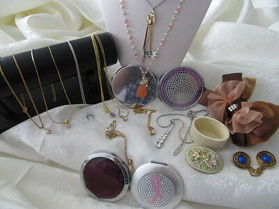 Vintage Bulk Lot Of  Necklaces And Pendants  & Other Jewellery 16 Pieces  3