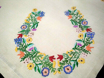 Horse Shoe of Flowers ~ Gorgeous Unique Vintage Hand Embroidered Cushion Cover
