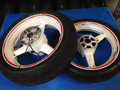 Yamaha R6 Yzf600 5Eb 1999 2000 2001 2002 Front & Rear Wheels With Good Tyres