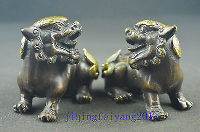 Chinese collectable old copper handwork carve vivid 2 lion statue deco