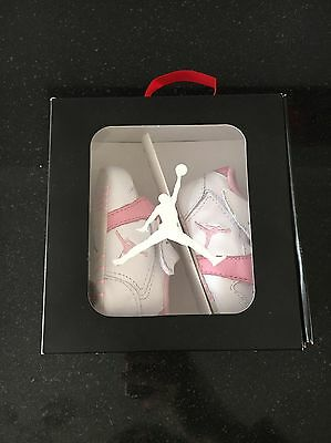 New born Jordan 1st crib size 0.5 uk **Perfect Gift For A Perfect Baby**