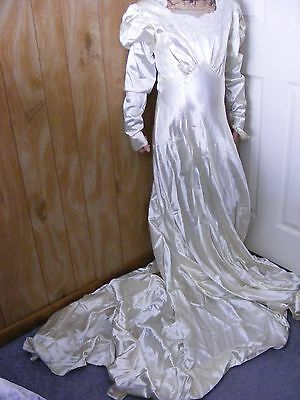 Vintage 1940s Satin Wedding Gown With Beading & Train ~ Pic Of Bride Wearing