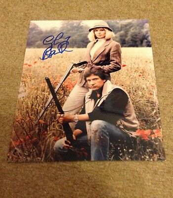 DEMPSEY AND MAKEPEACE  -  CAST SIGNED -  10x8 COL  PHOTO -  UACC + COA
