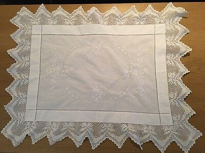 Vintage Table Cloth Lace EdgeD Doily White Lace Embroidered- Beautiful