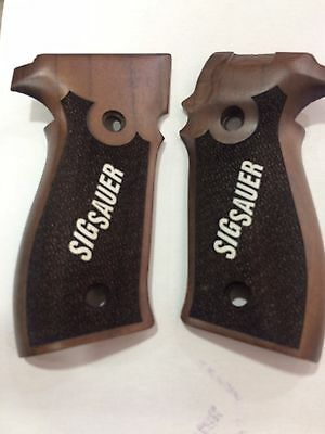Zig Sauer P226 -  Grips / Grip Set - Walnut Factory Set