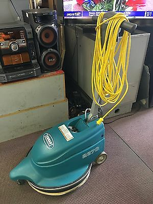 """Used 20""""  Tennant 2370  floor burnisher, 120V/15A Fully operational . Mint"""