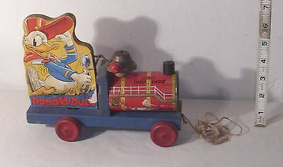 Fisher Price Walt Disney Donald Duck Choo Choo No. 450 Wooden Pull Toy