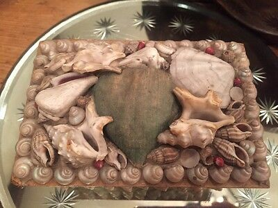 """Vintage Sailor's Valentine Shell Footed Seashell Box Paper Mâché 5"""" Pin Cushion"""