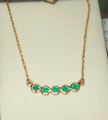 18Kt 750 Fine Gold Vintage Columbian Emerald Necklace  3.7 Grms