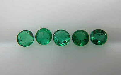 0.58cts 5pc Natural Loose Columbia Emerald Round 3-3.2mm Very Fine Color Fire