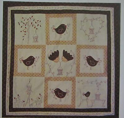 FIG 'N' BERRY Creations LITTLE RED ROBIN stitchery,applique WALL HANGING Pattern