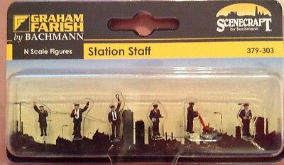 Graham Farish 379-303. Station Staff Figures. N Scale.