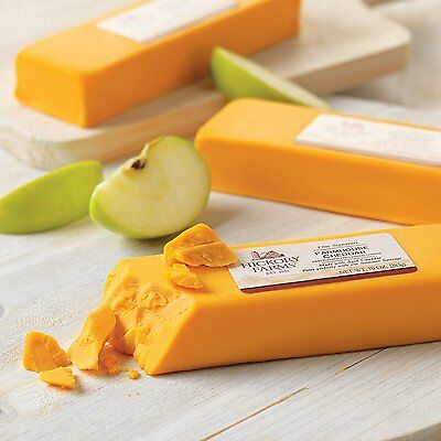 New 10 OZ Hickory Farms Our Signature Farmhouse Cheddar Make with Aged Cheddar
