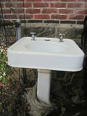 1920 pedestal sink with faucets