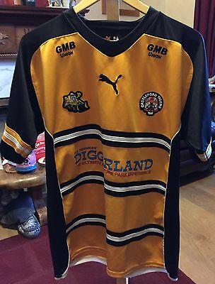 Castleford tigers rugby league shirt