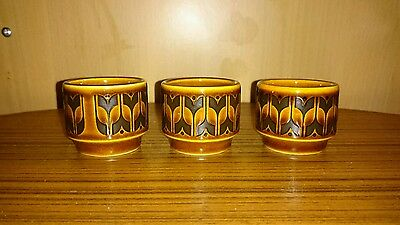 3x HORNSEA POTTERY ENGLAND HEIRLOOM EGG CUPS. Vintage Retro Collectable.