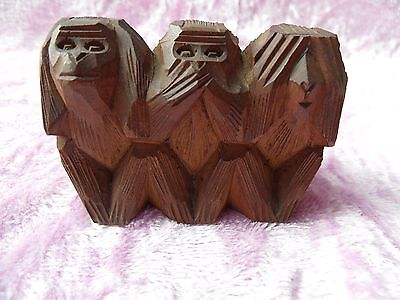 Unwanted Vintage Hand Carved Wooden 3 Wise Monkey's Ornament/figurine