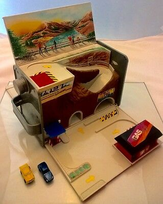 Micro Machines Fuel Can Folding PlaySet and Cars Vintage Retro 90's - Very Rare!