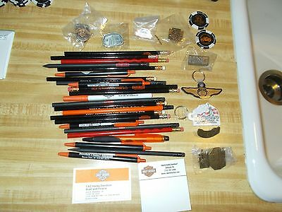 New Harley Davidson Pen's,Poker Chip's,Note Pad,Chain's etc.