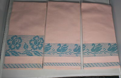 3 VINTAGE COTTON HUCK FABRIC HAND TOWELS w/ SWEDISH WEAVING PINK w/TEAL TRIM