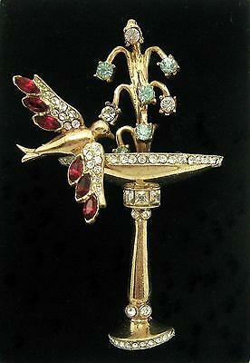 1947 RARE Pegasus COROCRAFT Sterling Dimensional Swallow at a Fountain Brooch