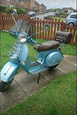 vespa px 125 70th anniversary with genuine chrome pack and ultimate registration
