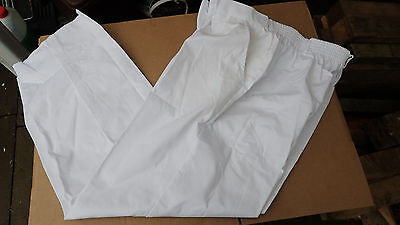 joblot of 350 pairs of white food trade trousers brand new various sizes tr128
