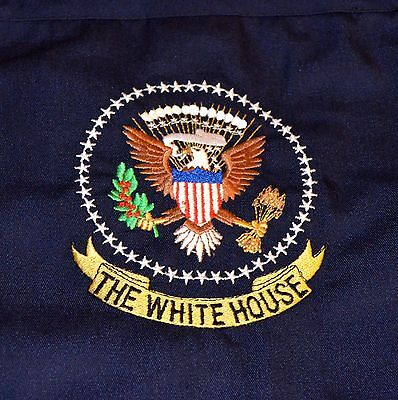 WHITE HOUSE APRON w/EMBROIDERED PRESIDENTIAL SEAL~W-H FOOD SERVICE~NAVY