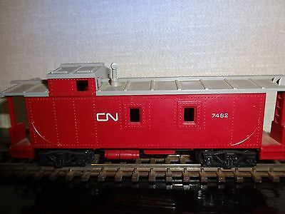 Triang R115 CN - 7482 caboose.