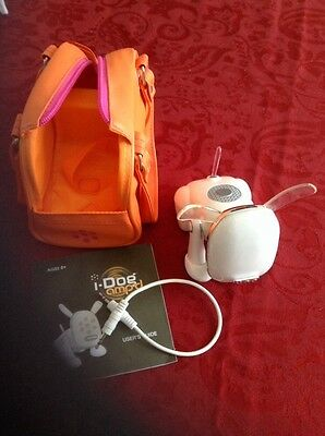 Hasbro Idog MP3 iPod Speaker With Cord And Carry Case