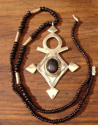 Black agate  Niger Tuareg necklace pendant with agate beads