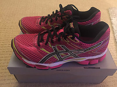 Asics Gel Cumulus 16 - Size 7 *Brand New* womens running shoes