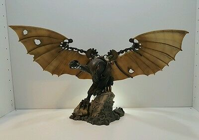 Bio shock infanite songbird statue