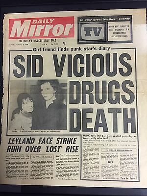 Sid Vicious - Framed Genuine Daily Mirror Front Page Newspaper Rare Sex Pistols