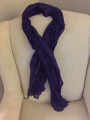 miley cyrus black and purple scarf