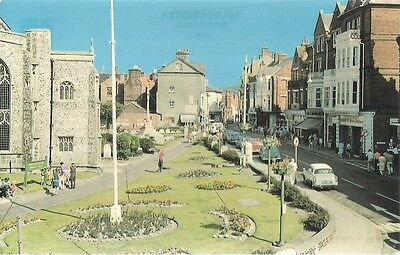 SCARCE OLD POSTCARD - CHURCH STREET - CROMER - NORFOLK C.1974 Vintage Cars