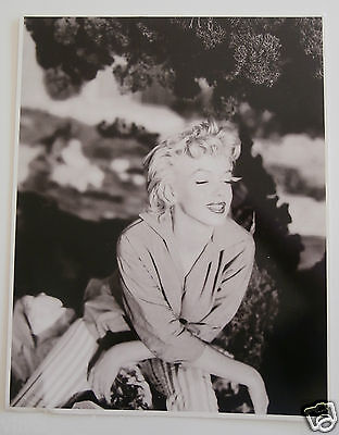 """Marilyn Monroe by Ted Baron in 1954 by Athena, RARE British UK Print 9.5 x 12"""""""