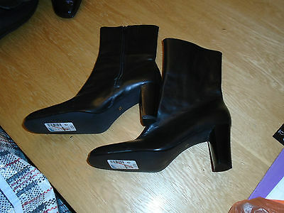 Brand New-Marks And Spencer Black Leather Boots-Size Uk 5.5