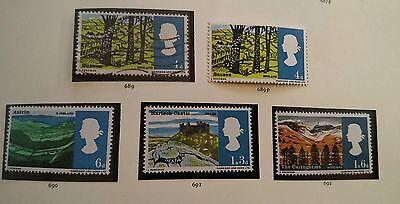 GB ERROR 1966 SUSSEX 4d..  CLOUDY HILLS ERROR. Set included. 5 stamps. SG689