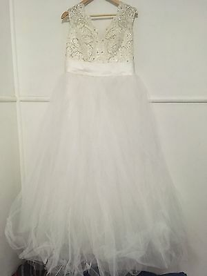 Size 12-16 Wedding/Deb Gown