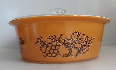 Pyrex Old Orchard Big Bertha 664 With Lid Excellent!