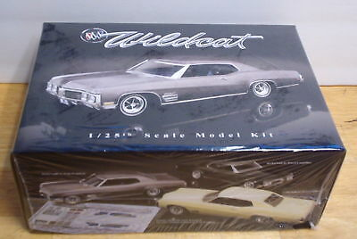 Buick 1970 Wildcat Hardtop 1:25 scale Limited Edition - HOBBY TIME MODEL SHOP