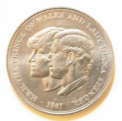 1981 circulated UK 1 crown coin - Wedding of Prince Charles & Lady Diana