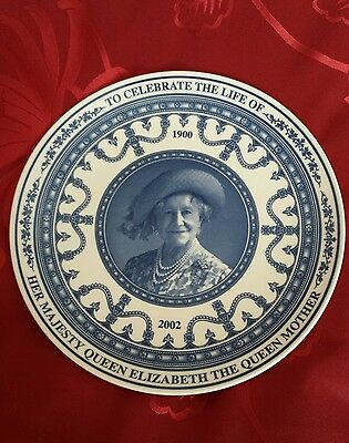 Commemorative plate to celebrate the life of the Queen Mother made by Wedgewood