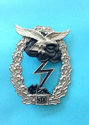 GERMAN AIR FORCE (LUFTWAFFE) GROUND COMBAT WITH (50 ) ACTIONS (1957 Style) BADGE