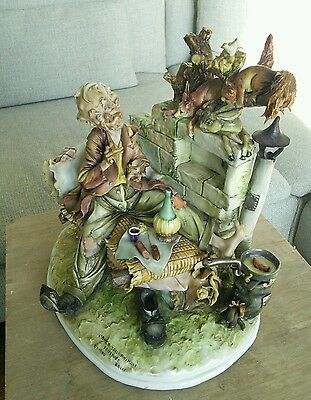 Capodimonte Tiziano Galli Sculpture Damaged - NO SHIPPING - COLLECTION ONLY